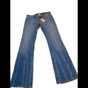 DECREE BOOT CUT JEANS